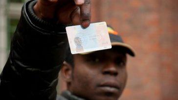 Carta di soggiorno revocata ai disoccupati. Per il Viminale il caso ...
