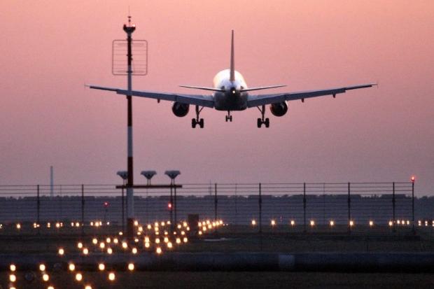 Vorrei andare all'estero. Quanto tempo posso stare fuori ...