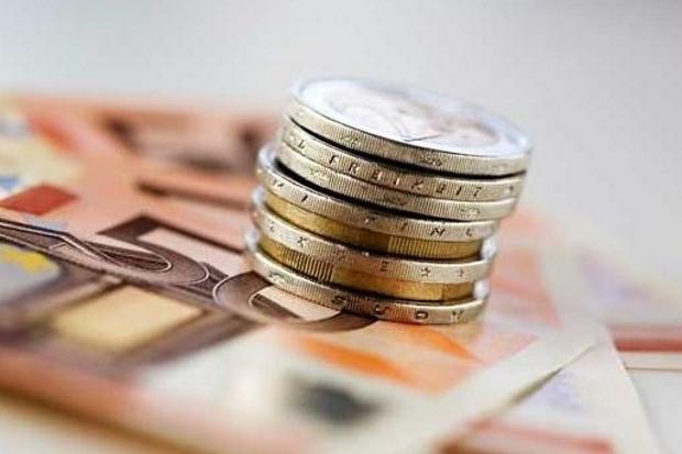 Napoli, fino a 3mila euro per ottenere il permesso di ...